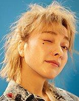 爱自拍的吴昕放糖了 短发妞试试这几种发型
