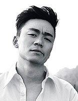 王宝强又换新发型了 帅气造型再度掀起狂潮