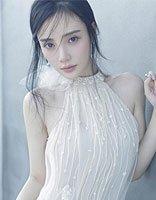 李小璐凌乱马尾显少女气质 宁静与冷艳双重结合发型