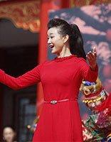 50岁宋祖英红裙高马尾气质绝佳 宋祖英演绎中年女性气