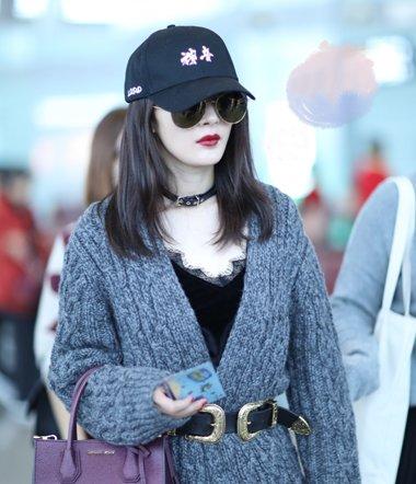 杨幂刘诗诗冬日玩转帽子发型 2017保暖时尚帽子发型设计