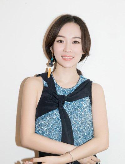 霍思燕慵懒低马尾气质极佳 霍思燕演绎辣妈流行发型