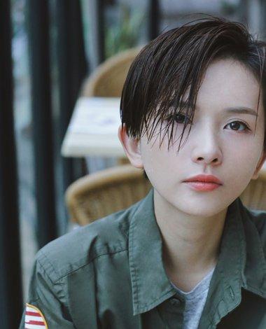 李依玲短发像鲁豫 干练妹纸最爱沙宣短发