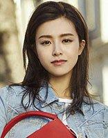 文咏珊街拍写真发型 过肩发拍出大片风格