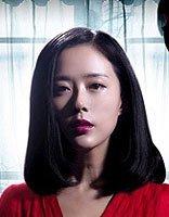颜丹晨演绎中国版黑镜 戏中偏分内扣发型走起