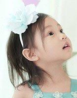 王源16岁生日甜馨唱歌送祝福 萌妹甜馨发型颜值越来越