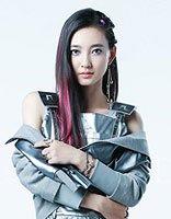 王丽坤加盟《我的新衣》王丽坤教你不同风格服装的发型搭配