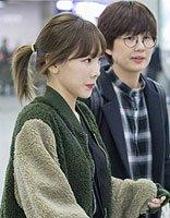 金泰妍马尾扎发现身机场 细数金泰妍漂亮韩式发型