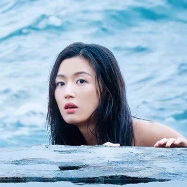 《蓝色大海的传说》收视超星你 全智贤新美人鱼发型清新灵动
