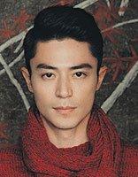 霍建华红毛衣背头发型演绎暖男气质 霍建华时尚成熟的发型盘点