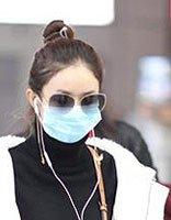 赵丽颖丸子头+羽绒服清新帅气 小个子女生冬装发型设计