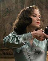 《间谍同盟》玛丽昂复古造型好惊艳 玛丽昂气质发型大