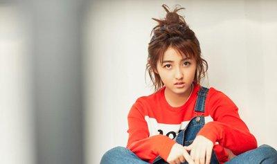 张子枫甜美发型超有感染力 张子枫诠释美美的校园发型