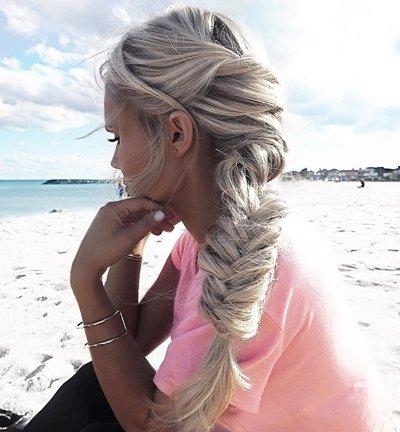 长发在夏天梳什么头发 这个夏天长发怎么梳