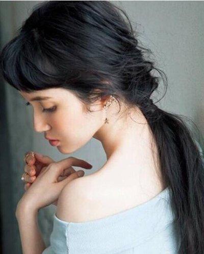 发型热点 > 韩式头发扎法 >   2017年韩版的中长发扎发会有怎样的造型