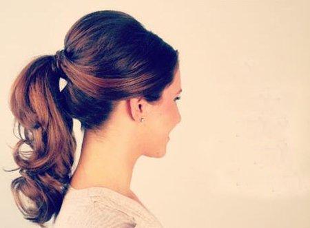 扎马尾的适合怎样去做头发 扎马尾怎么样头发不容易塌下来