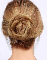 特长头发盘发方法 女生长头发这么盘