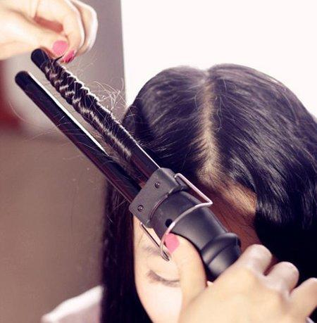 小巧卷发棒怎么用 小巧卷发棒卷发技巧