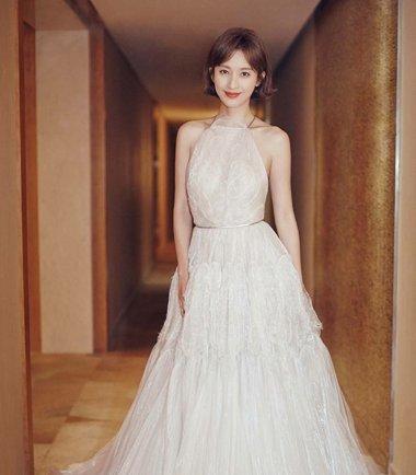 参加婚礼短发穿什么好看 短发人适合参加婚礼的衣服
