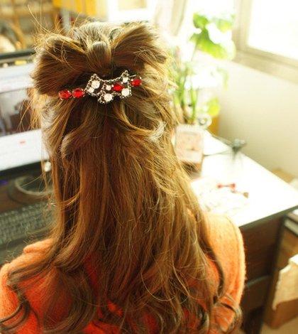 少女该怎样梳头发最好看 少女梳头发的方法图解