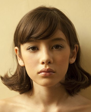 大方脸短发造型 方脸女生适合的短发