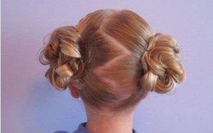 幼儿班小孩跳舞长头发怎样梳理好看 女生长头发造型步骤