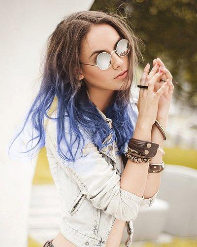 中分长头发染色那种好看 什么色长头发好看