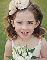 怎样梳小女孩的发型好看 五岁小女孩梳头发型