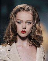 欧美中分长卷发造型 中分卷发样式