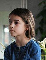 11岁女孩头发少量图片教你怎样梳好看 头发少的女生长发怎么梳头