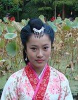 宫中女官应梳什么发型 简单的古装发型梳法