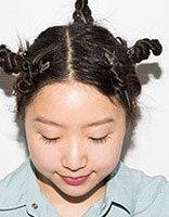 今年流行小杠子卷发 怎样自己在家打造卷发
