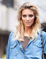 中年方脸美女剪什么发型有气质 中年女性方脸适合什么发型