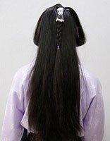 长发女孩头发梳法 怎样给长发孩子的头发梳的好看