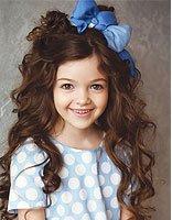 冬天长发怎样编头发 小女孩冬天可爱长发