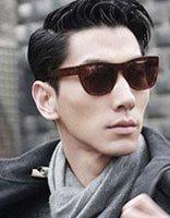 脸长�C�C的戴眼镜留什么头型帅气霸气发型名称