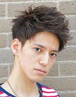 男孩方形脸适合的发型 男方形脸适合什么发型(带图)