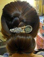 中长头发盘头发简单好看的步骤 教我自己盘长头发