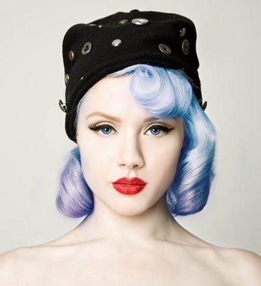 女生长方脸适合的发型 长方脸适合什么发型