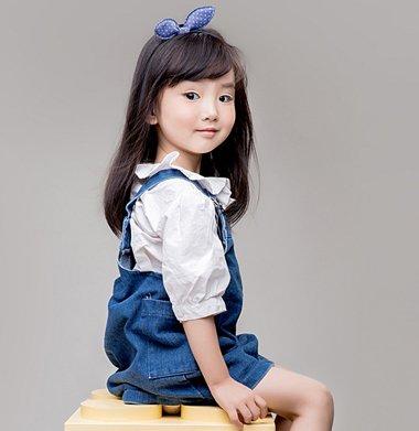 小女孩梳发型的方法 小女孩易梳发型
