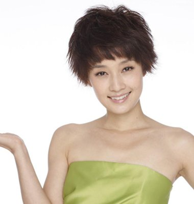 方形脸女明星短发发型图片 大方脸剪短发好看吗