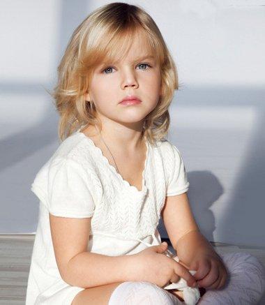 适合小朋友的短发发型 小女孩最新短发发型