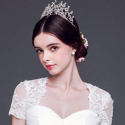 新娘中长直发发型 适合中长发新娘的发型
