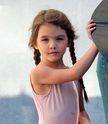 女童长头发扎法 女孩长头发如何扎好看