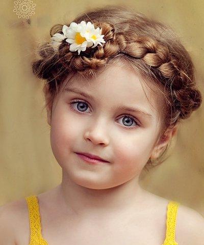 长头发扎辫子不用皮筋怎么扎 儿童长头发怎样编辫子