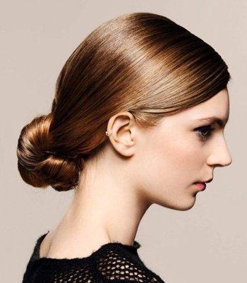 中长发适合中年女性吗 中年女性长发盘发方法