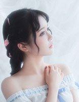 脸小太阳穴凹的女生梳什么发型有气质 很容易梳的漂亮发型