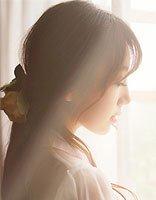 齐发尾卷发怎么扎好看 齐发尾卷发发型图片