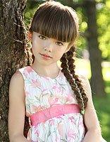 小女孩长头发新编法 长头发编出来的花样