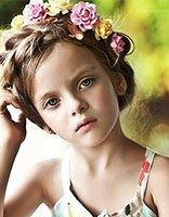 中长发女孩绑头发的方法 13岁的长发女孩怎么绑头发漂亮